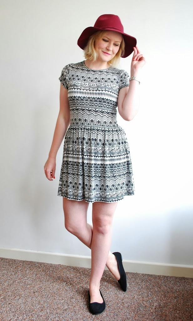 Little Miss Katy OOTD full length monochrome aztec dress and hat