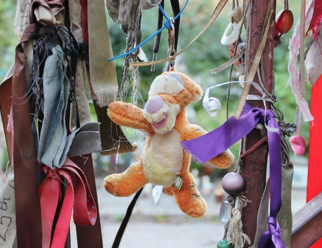 Cross Bones graveyard trinket