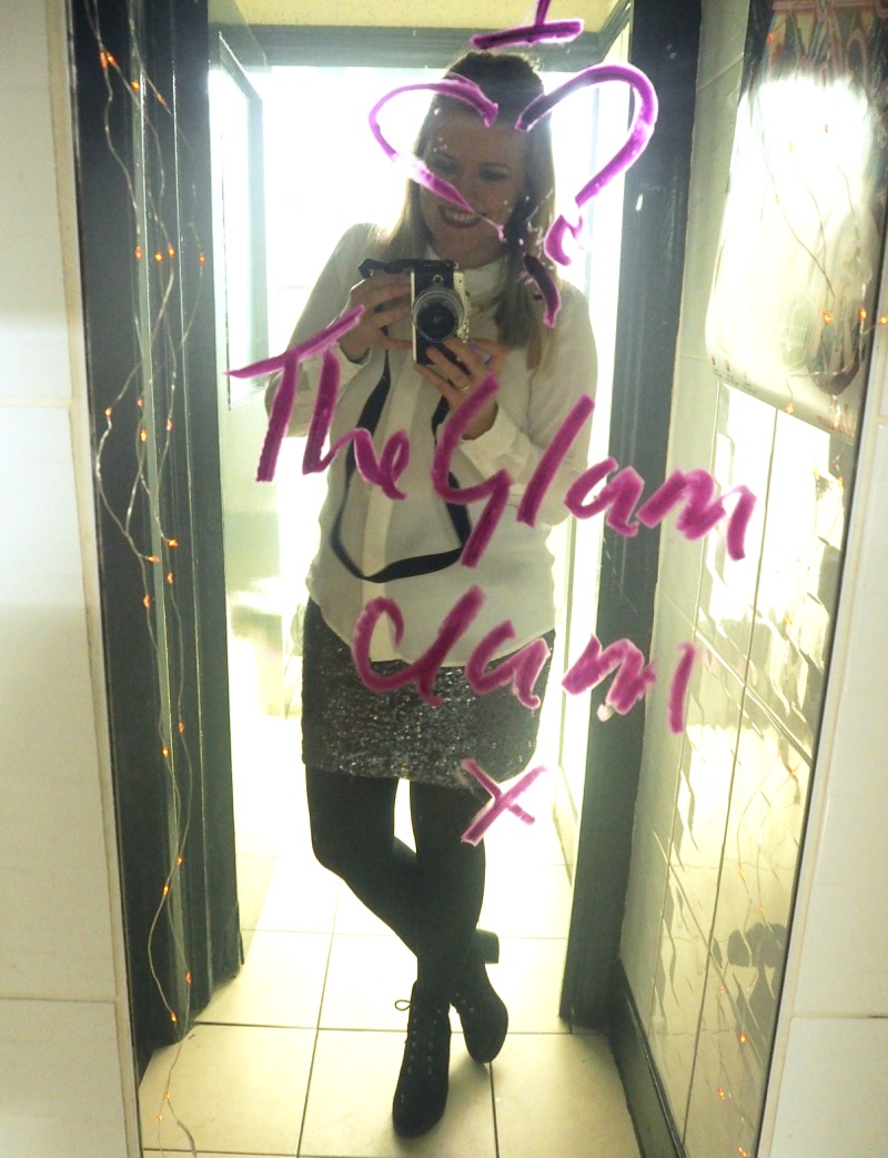 Glam Clam Q Grill