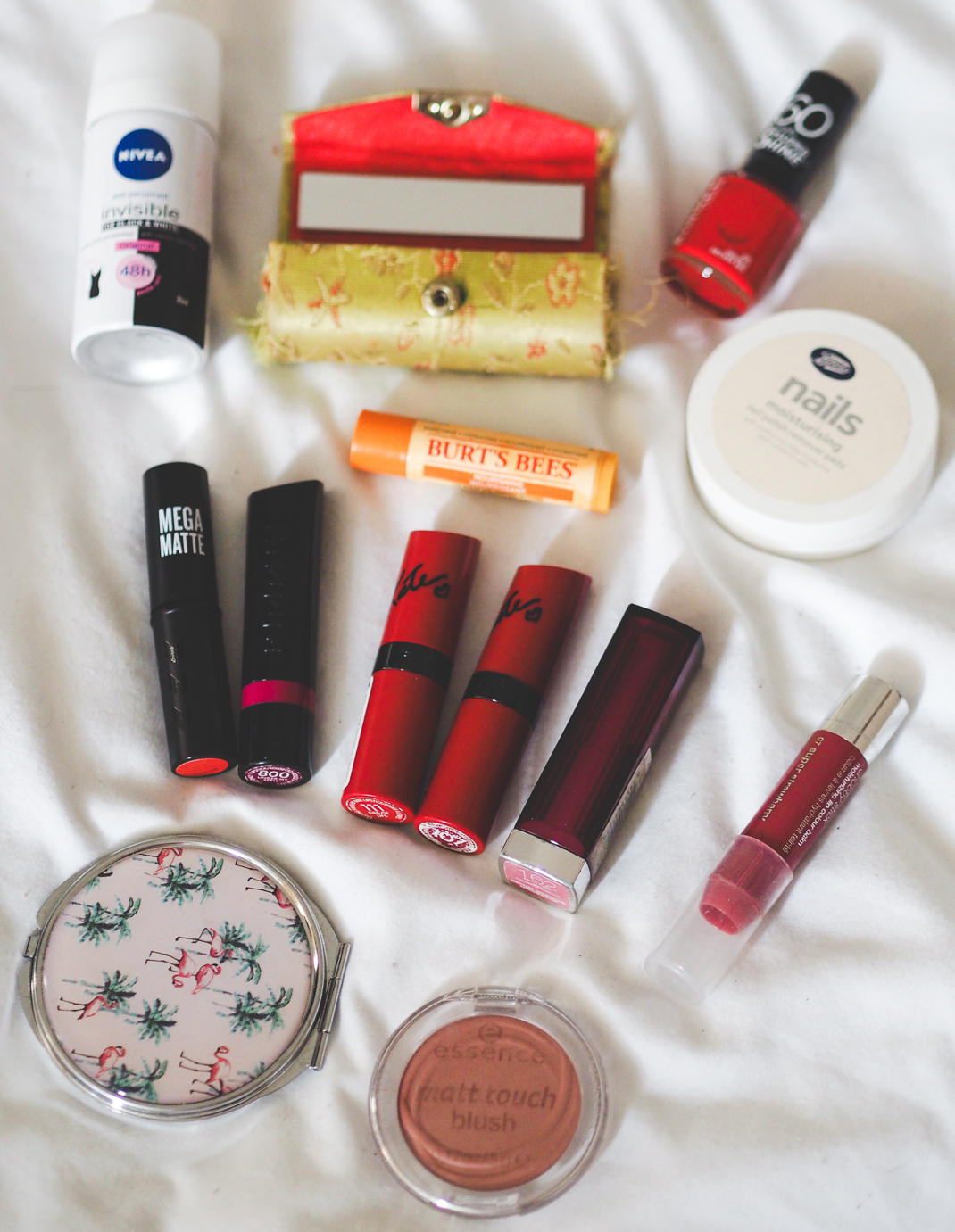 edited-whats-in-my-bag-9