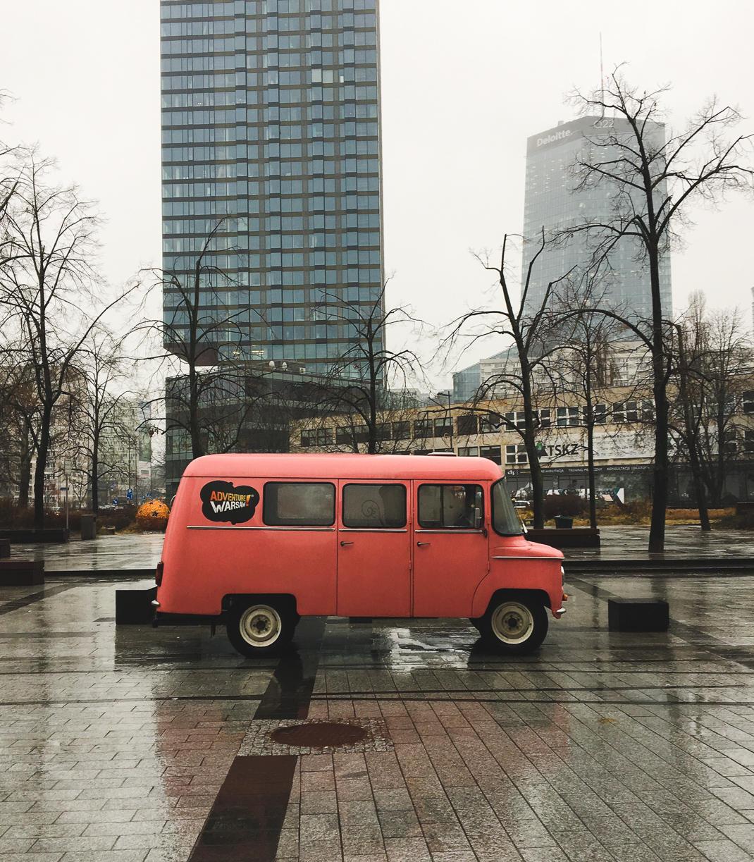 warsaw retro car tour