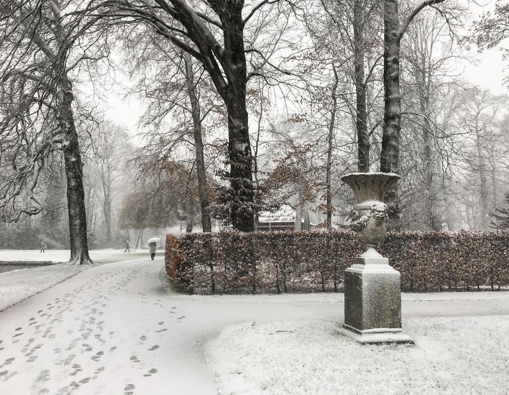 de haar castle in the snow