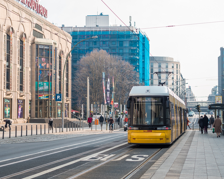 berlin yellow tram