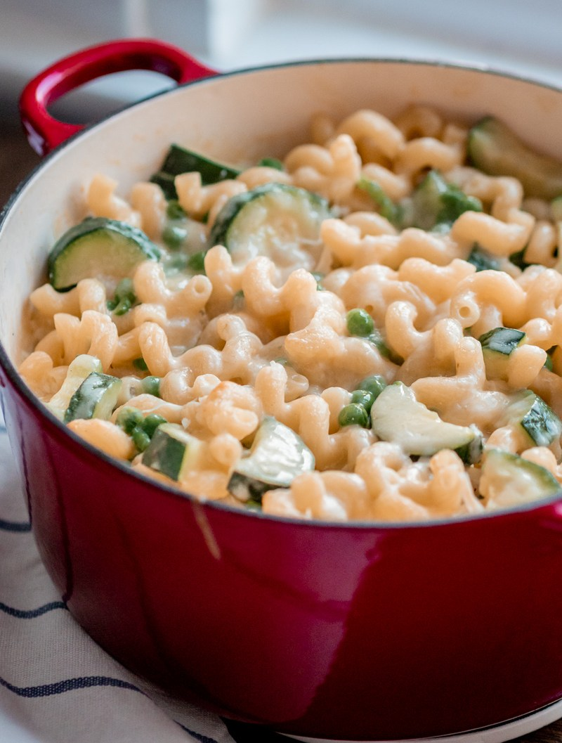 pea and courgette mac and cheese