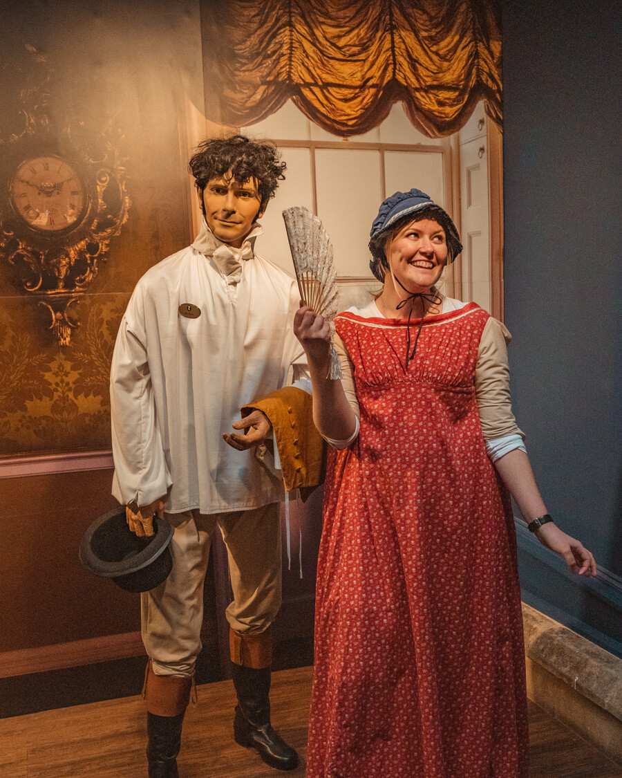 dress up Jane Austen in Bath
