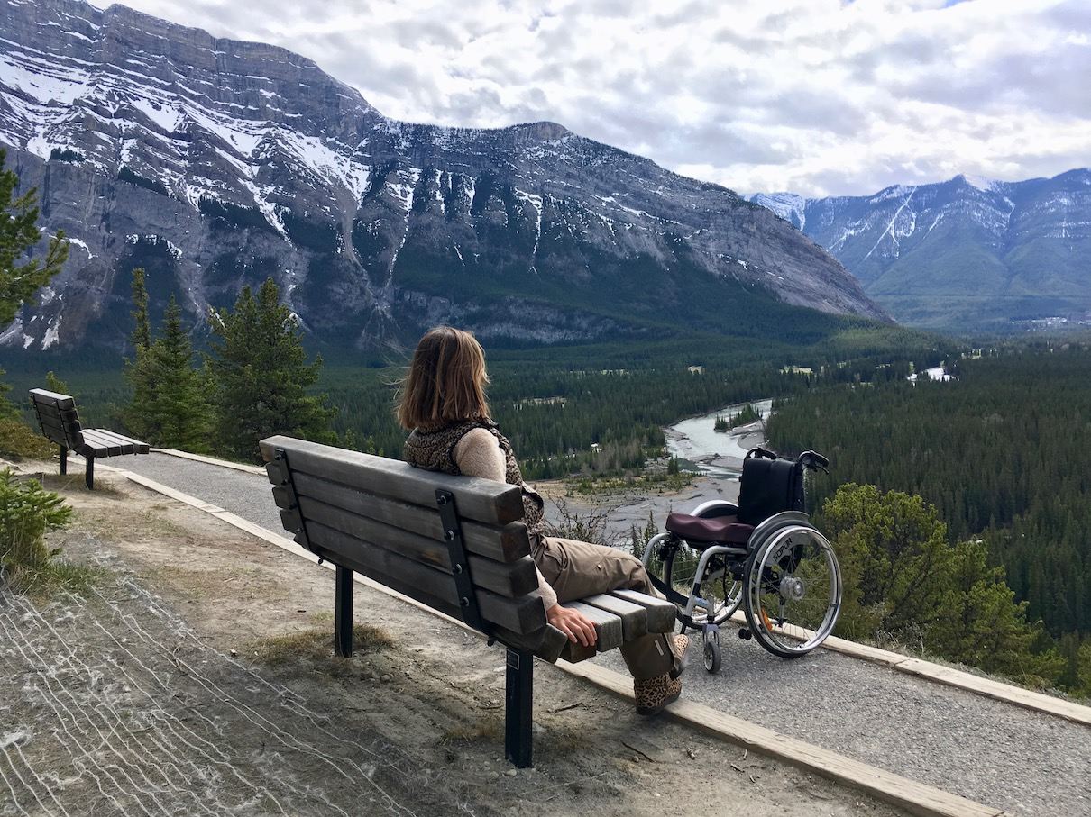View of Banff Valley on the accessible Hoodoos Trail ©
