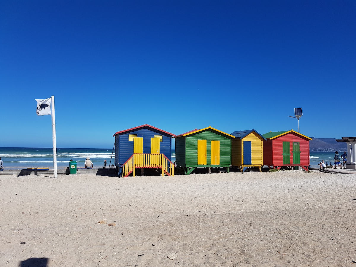 White flag at Muizenberg Beach