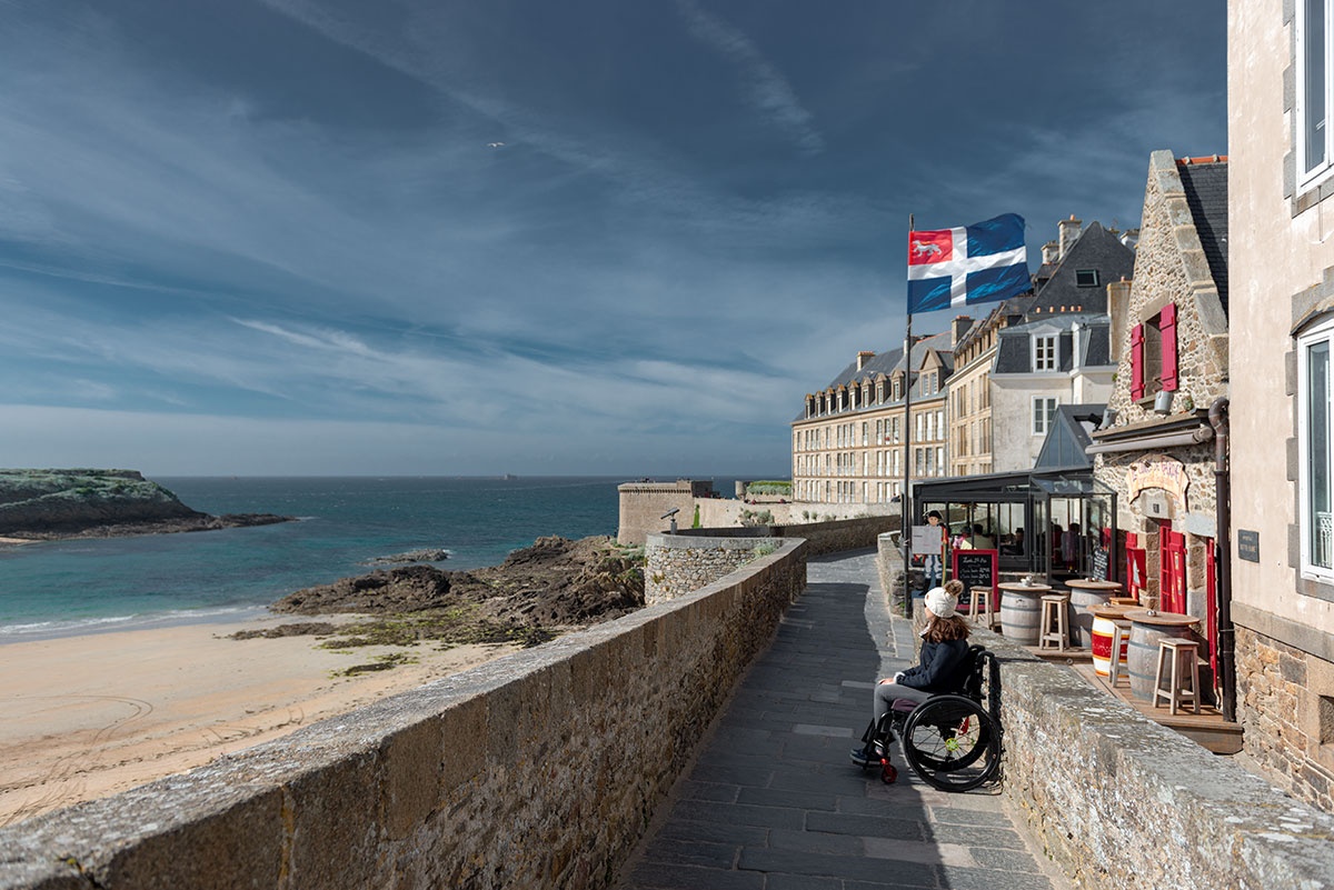Wheelchair accessible ramparts in St Malo | Little Miss Turtle | Wheelchair Travel Blog