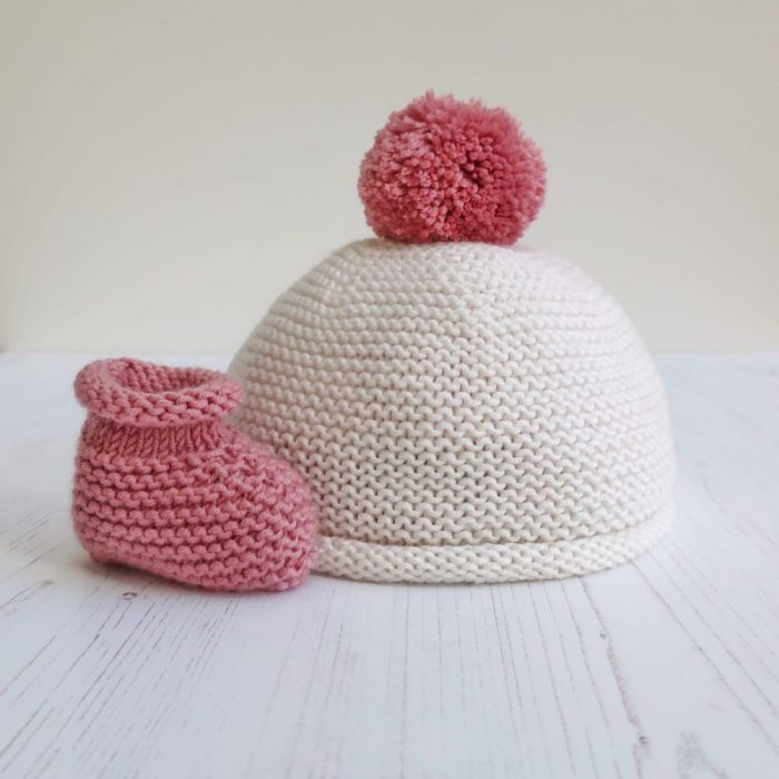 The knit kit company baby hat and booties