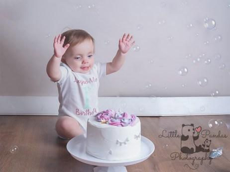 Birthday photo shoot Kent cake smash