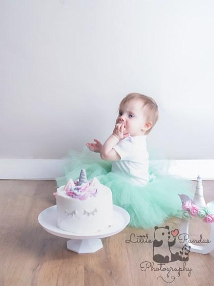 laycie-mae-cake-smash-19