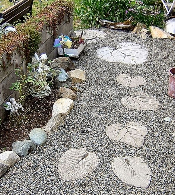 12 Garden Step Stones Ideas To Decorate Your Garden LittlePieceOfMe
