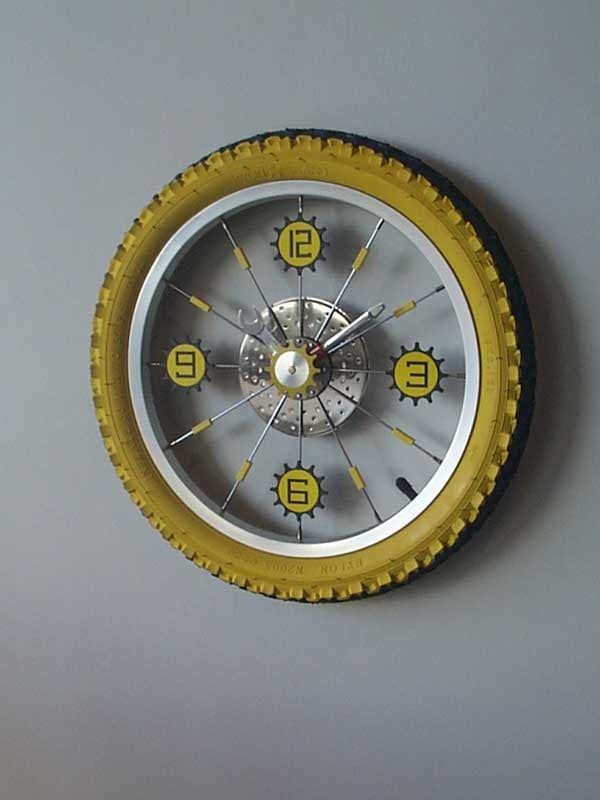 bike wheel clock