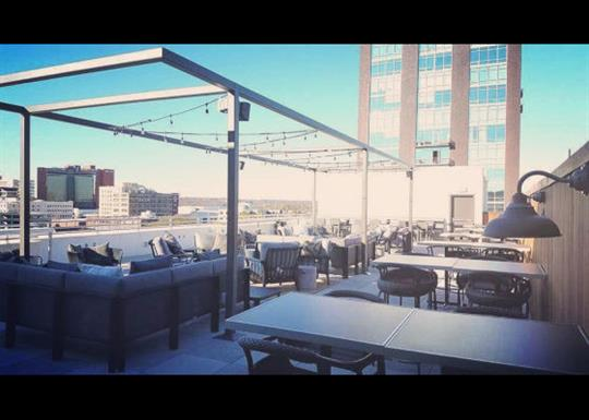 Agasi 7 Rooftop Bar And Kitchen Little Rock