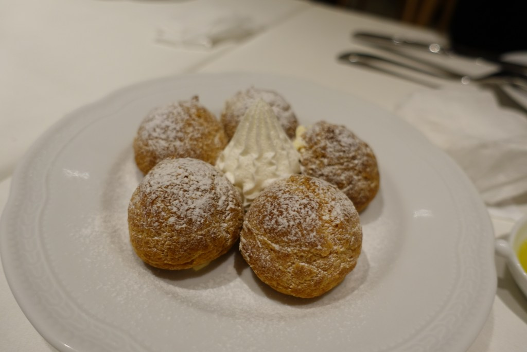 Little cream puffs to end the night.