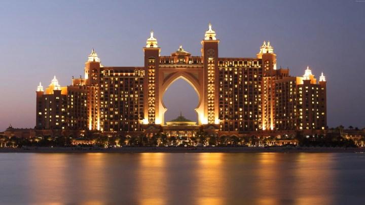 À qui s'adresser pour créer une société à Dubaï ?