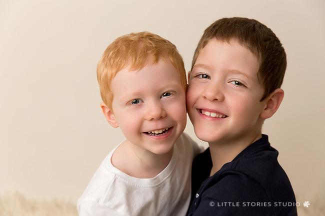 studio sibling photos