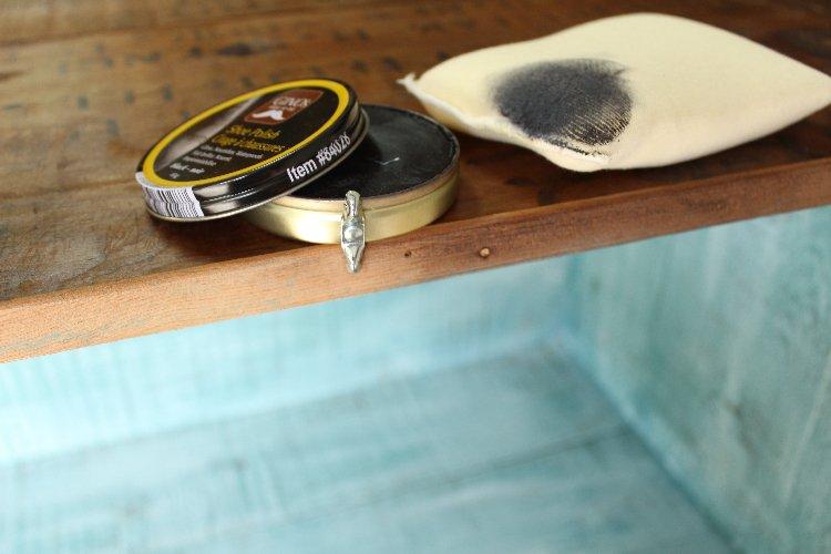 shoe polish to darken wood
