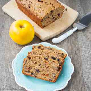 Fruit & Cinnamon Applesauce Bread