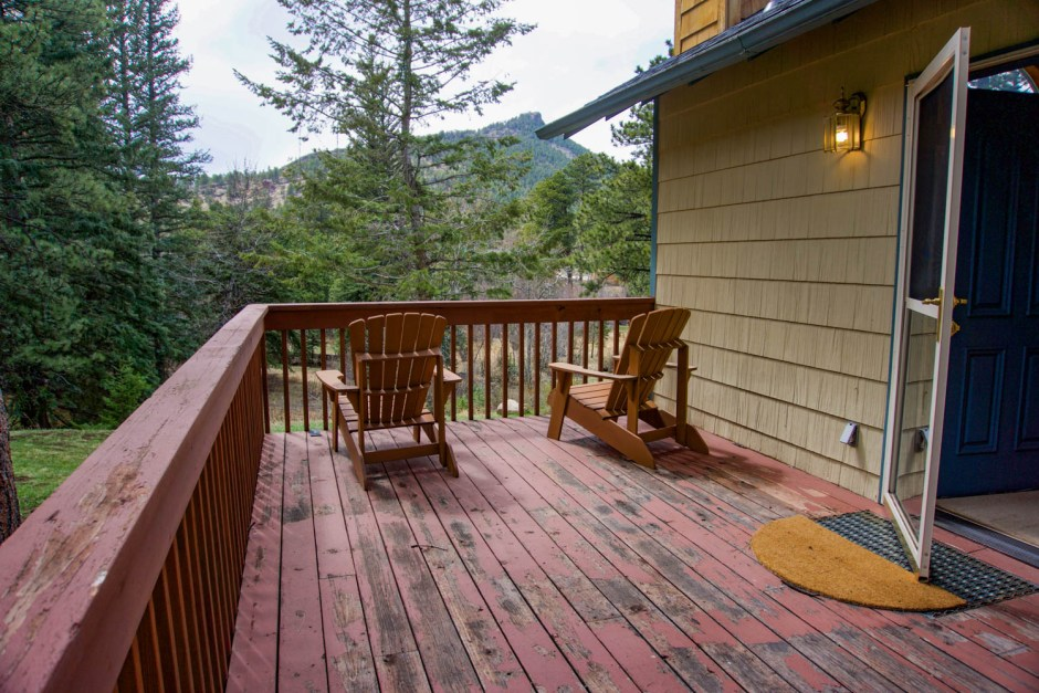 Private Porch - Mountain Retreat Estes Park Bed and Breakfast