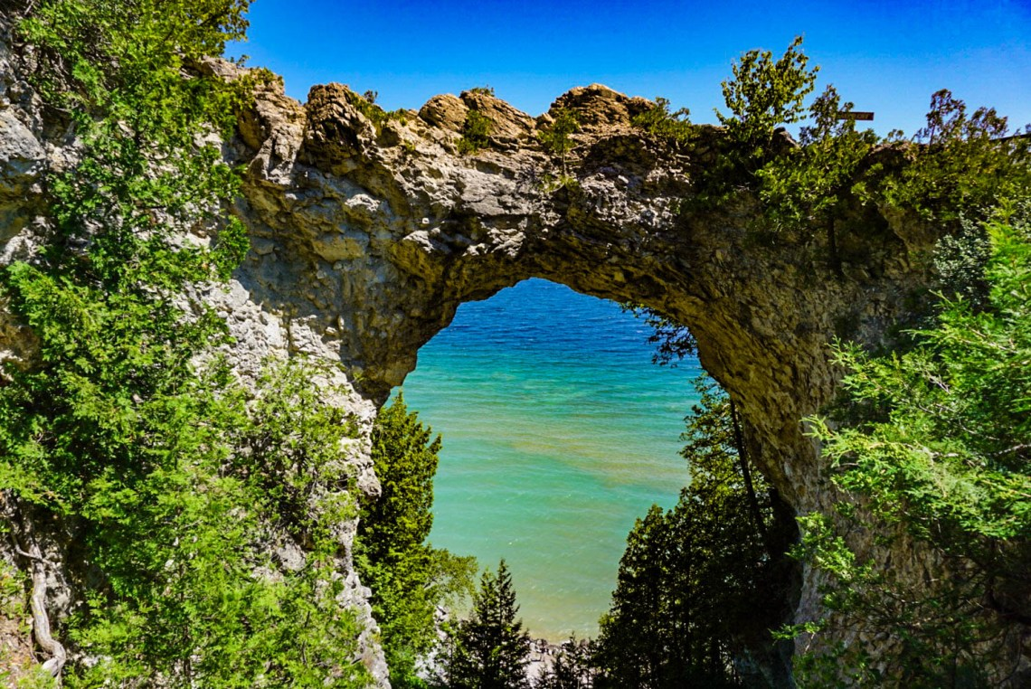 Arch Rock Mackinac Island Travel Guide