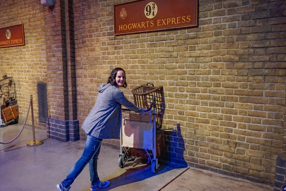 Platform 9 3/4 WB Studio Tour London - Harry Potter Things to do in London