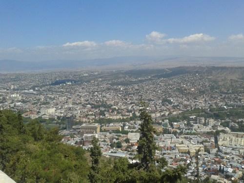 Über den Dächern von Tiflis – Funicular & Mtatsminda-Park