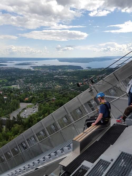 Holmenkollen – über Oslo fliegen