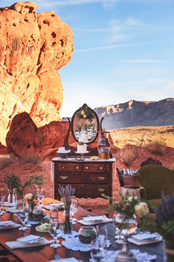 Vintage Glam Wedding At Valley Of Fire From Cactus And