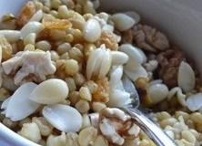 Пшеничный десерт с орехами (Snaynyieh)