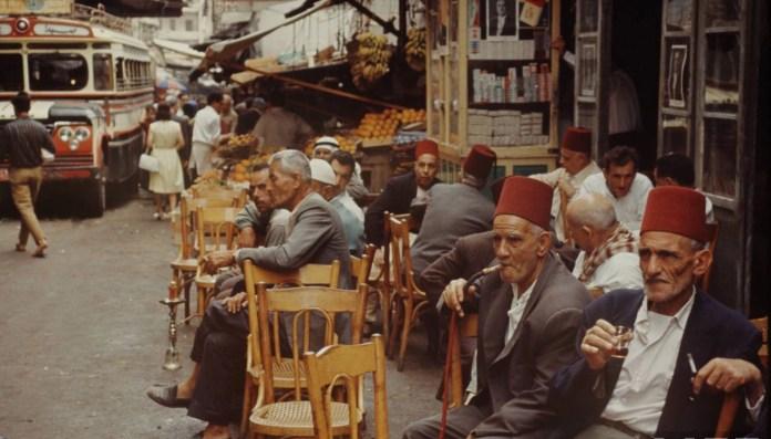 Кафе в Бейруте 1960 года