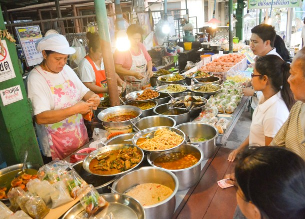 Khao Rad Gaeng, Bangkok Street Food, Cheap Eats, Thailand