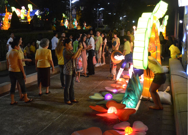 Light Sculptures Benjakiti Park, Fathers Day Thailand, Southeast Asia