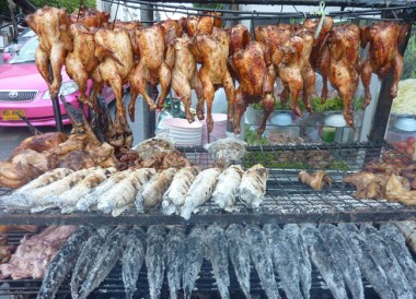Roadside Barbecues, Thai Isaan Food, Eating in Northeastern Thailand