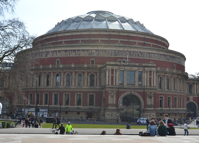 Royal Albert Hall, London Stopover, Cheap and Free Attractions