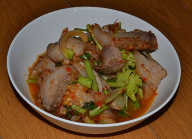 Yum Kor Moo Yang, Thai Isaan Food, Eating in Northeastern Thailand