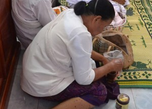 Avid Chewer, What is Betel Nut Chewing in Thailand, Southeast Asia