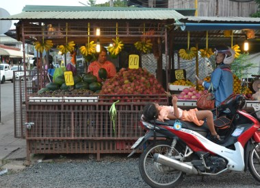 Fresh Fruit Stall, Top Bangkok Street Food, Thailand Cheap Eats