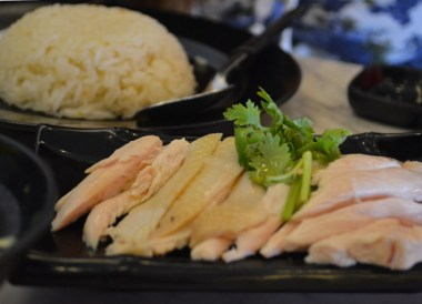 Food in Chinatown Area, Where to Stay in Singapore on a Budget