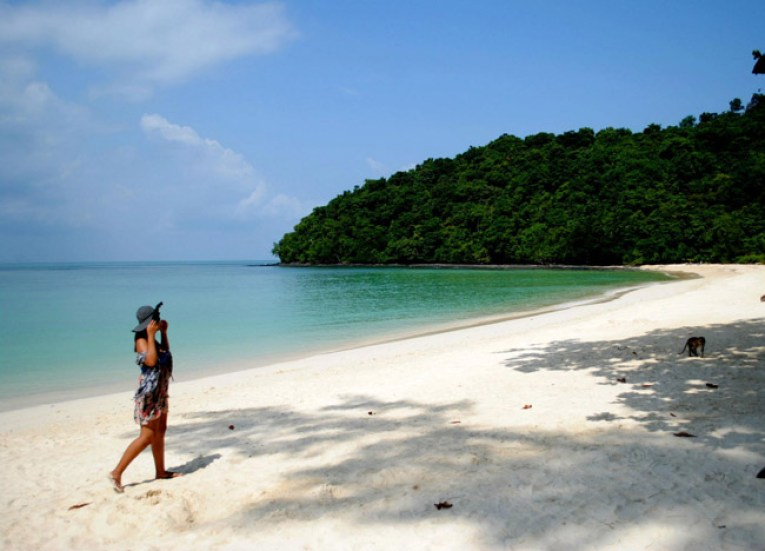 Langkawi Beaches, Singapore to Bangkok Overland Island Hopping