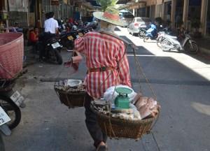 Selling Fish Bangkok, Life Through the Lens of a 4 Year Old Thai Kid