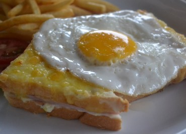 Croque Madame Daosavanh Restaurant in Savannakhet, French food in Laos