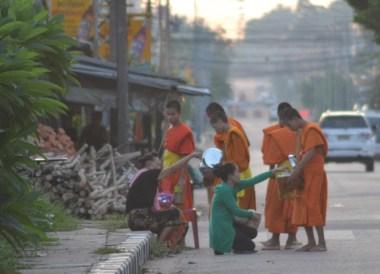 Early Morning Monks, Best Thai VISA Runs from Bangkok Thailand