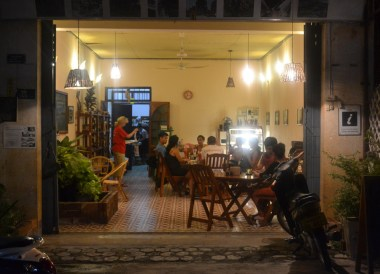 Lins Cafe Savannakhet, Things to do in Savannakhet Laos Southeast Asia