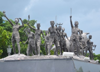 Ya Mo Army Shrine, Dusit Princess Korat Hotel. Gateway to Isaan Northeast Thailand