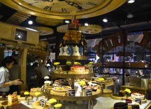 Cake Center Piece, Mr Jones Orphanage Bangkok, Siam Centre, Thailand