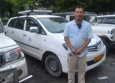 Tibetan Taxi Driver, Taxi to Gangtok from Bagdogra, NJP, Road to Sikkim
