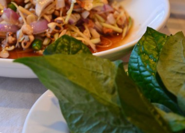 Eating Miang Kham, Top 10 Chiang Rai Attractions Thailand