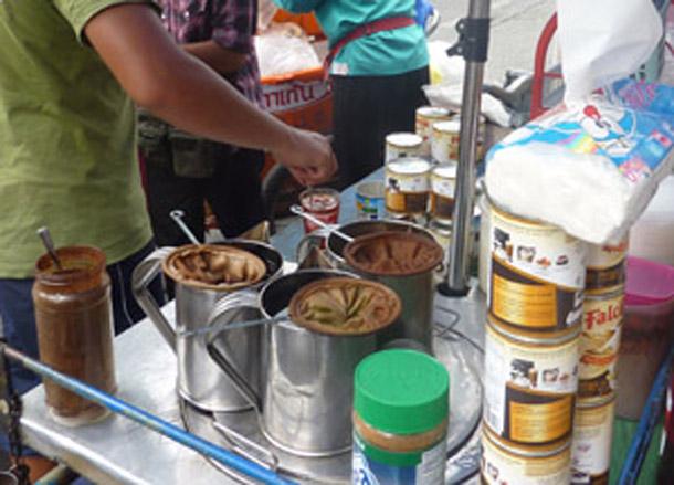 Thai Iced Coffee, Sweet Thai Desserts in Thailand, Southeast Asia