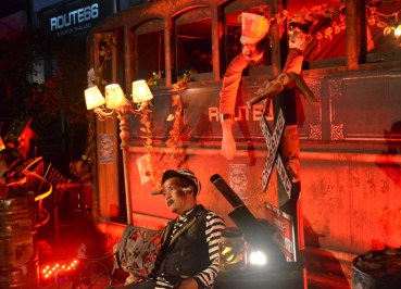 Halloween Zombie Bus, Where to go Halloween in Bangkok, Route 66, RCA
